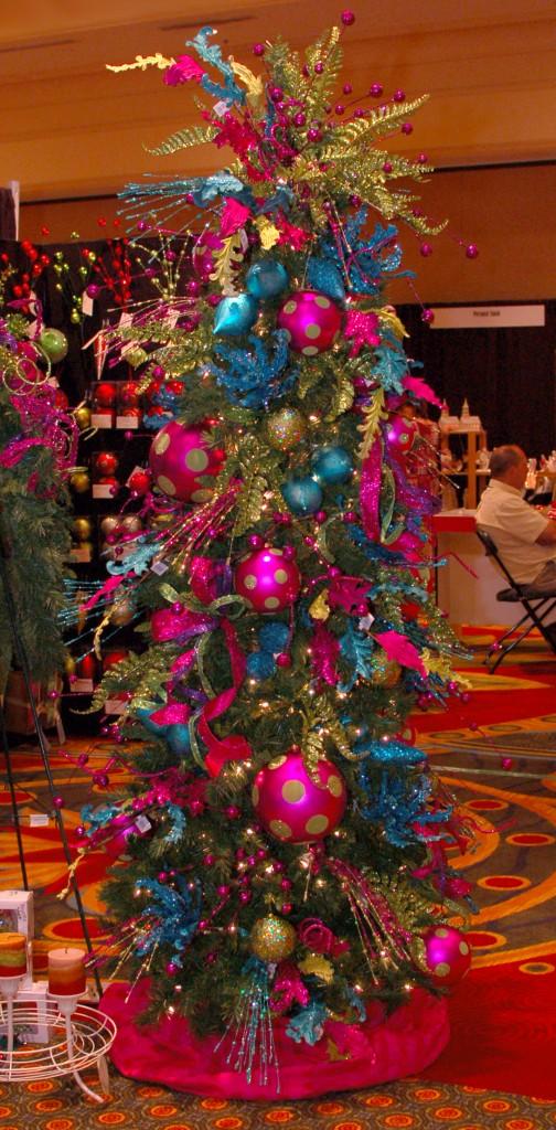Glitz & Glam Contemporary Christmas Tree Decorations