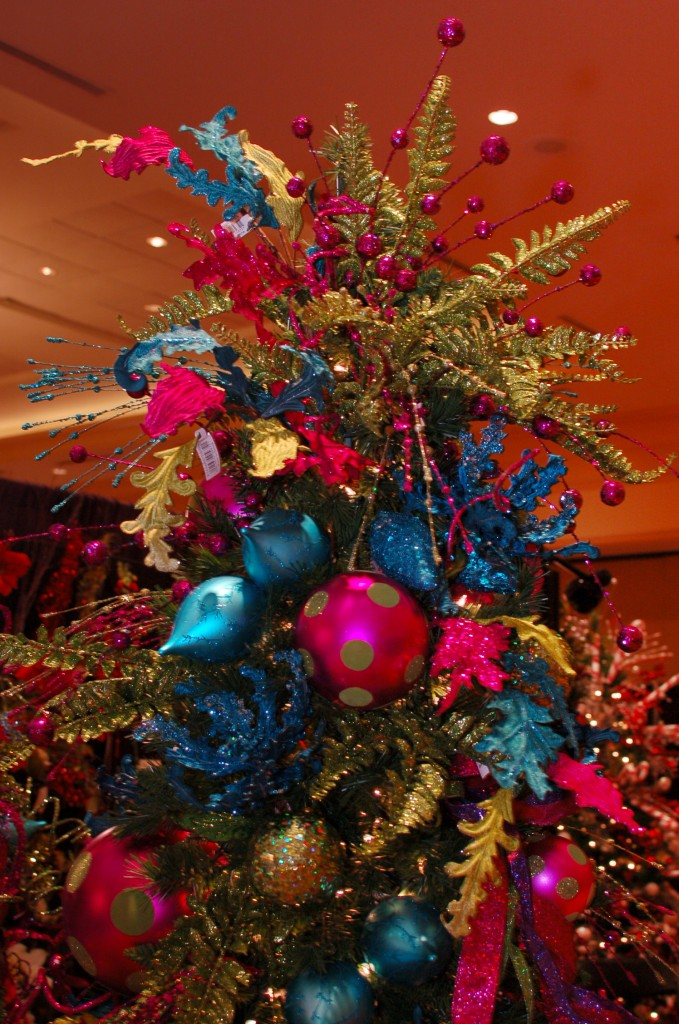 contemporary christmas tree