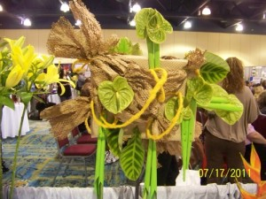 Upcycled Floral Designs at Texas State Florist Convention