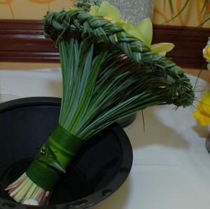 Braided Bouquet Holder