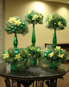 Festive Green & Yellow Holiday Arrangement