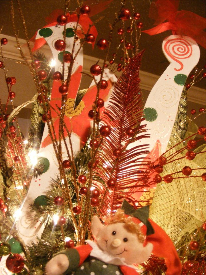 Lepanto Florist - Tree Decorations