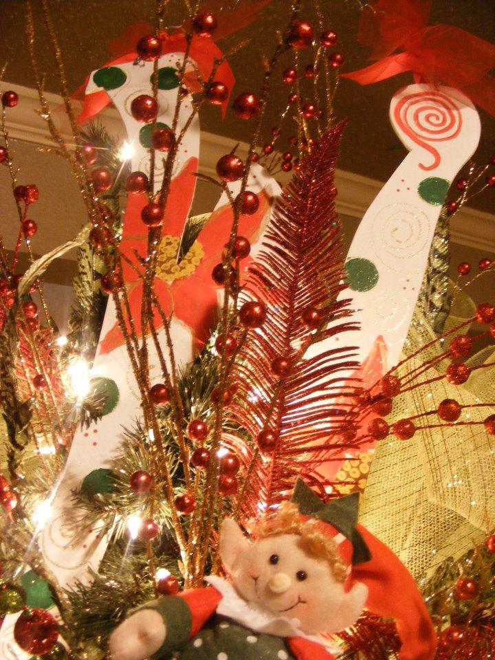 Lepanto Florist - Tree Decorations
