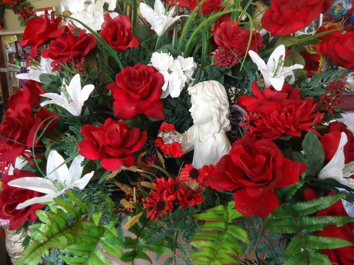 Christmas Angel, Anniversary Flowers
