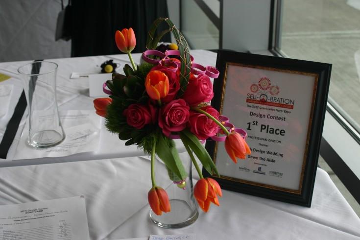 Rose & Tulip Arrangement - Great Lakes Floral Expo Photos