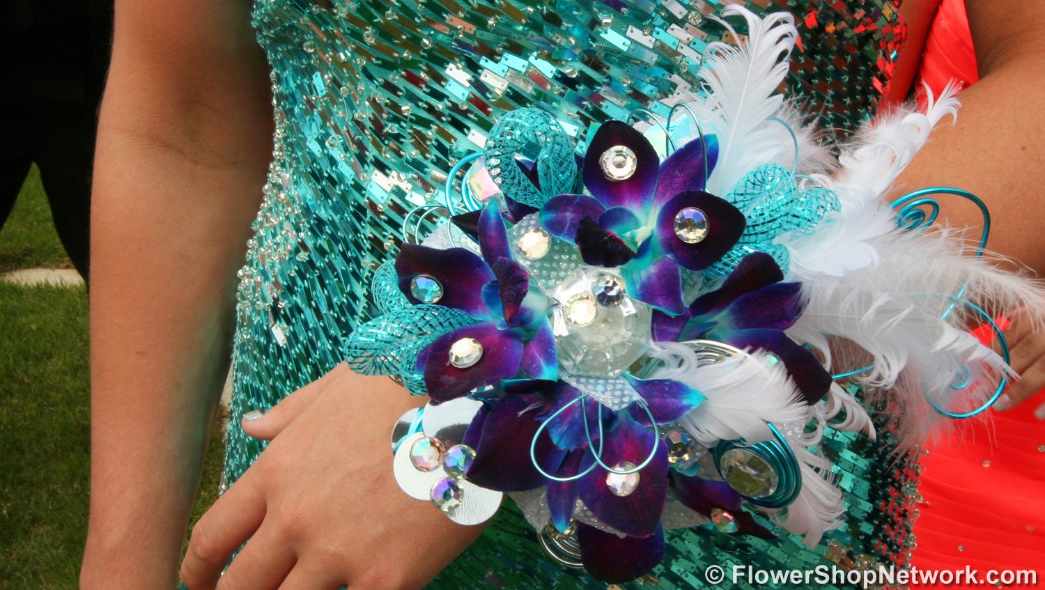 Prom Trends Black Beaded Bracelet Wrist Corsage Of Red Spray Roses And Purple Dendrobium Orchids With Rhinestones