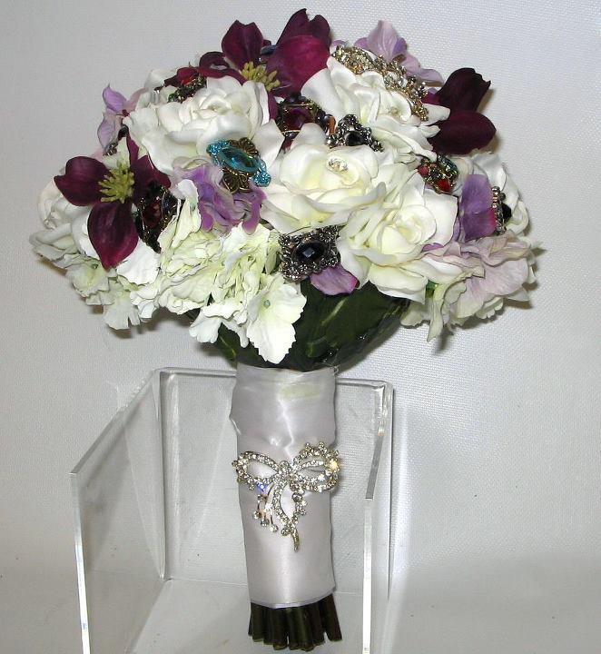 Bling bouquet by La Petite Jaune Fleur