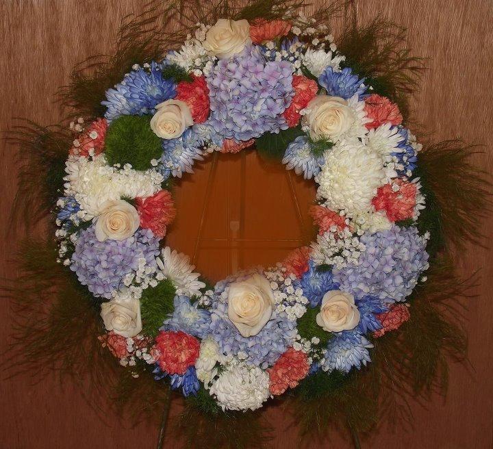 MaryJane's Flowers & Gifts - Wreath