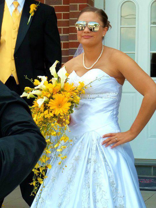Bridal bouquet by Swannanoa Flower Shop, Swannanoa NC