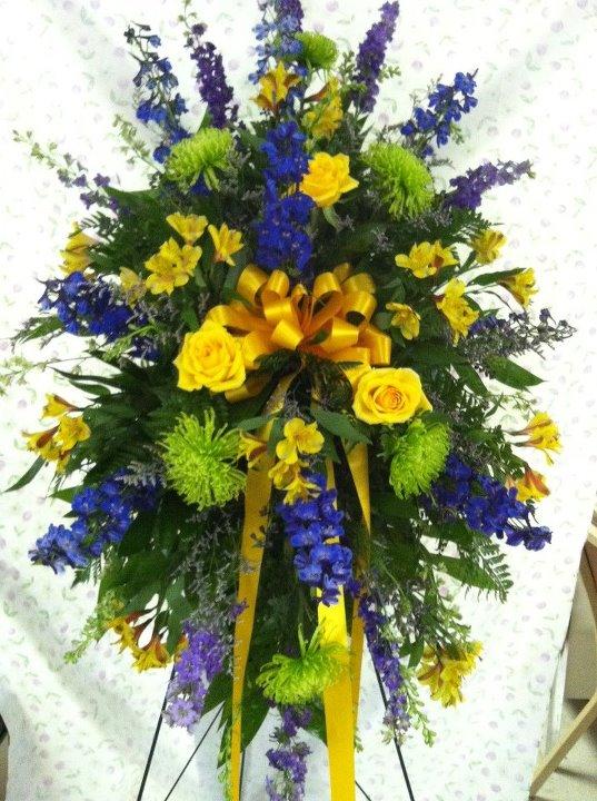 Funeral flowers by Swannanoa Florist, Swannanoa NC