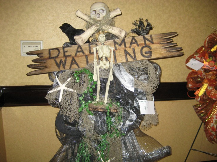 Dead Man Walking - Halloween Wreath Design