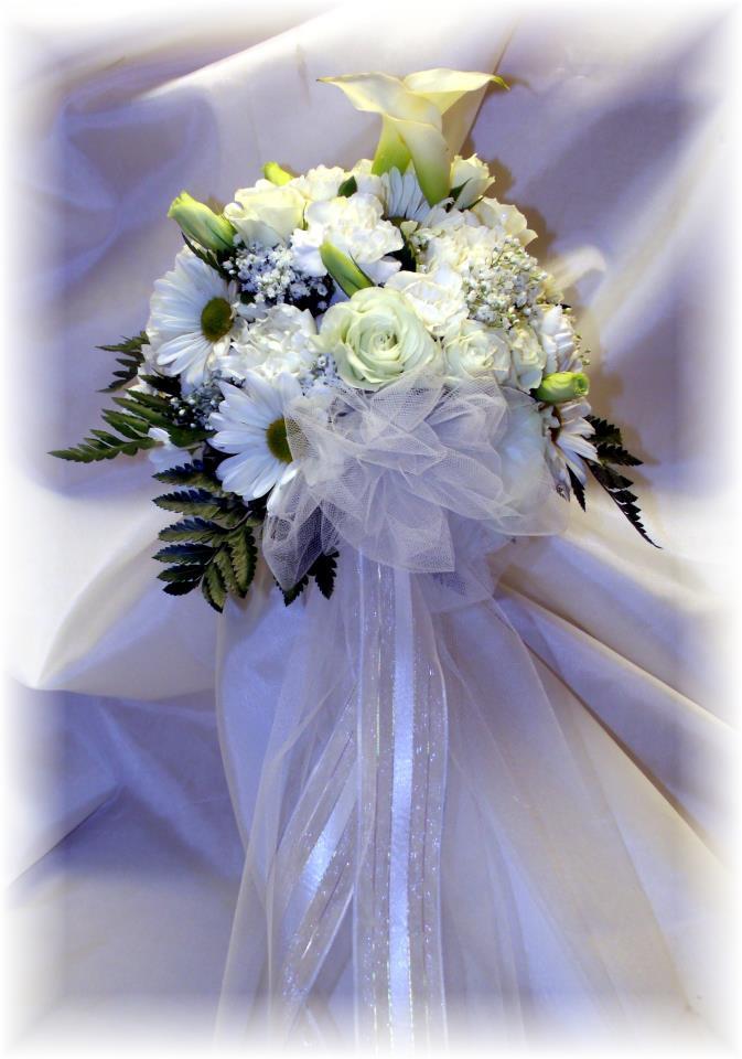Vintage wedding bouquet by MaryJane's Flowers & Gifts, Berlin NJ