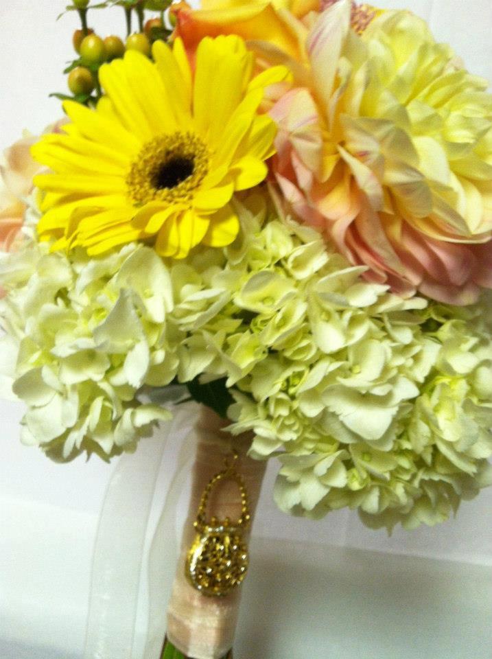 Yellow fall bouquet by Swannanoa Flower Shop, Swannanoa NC