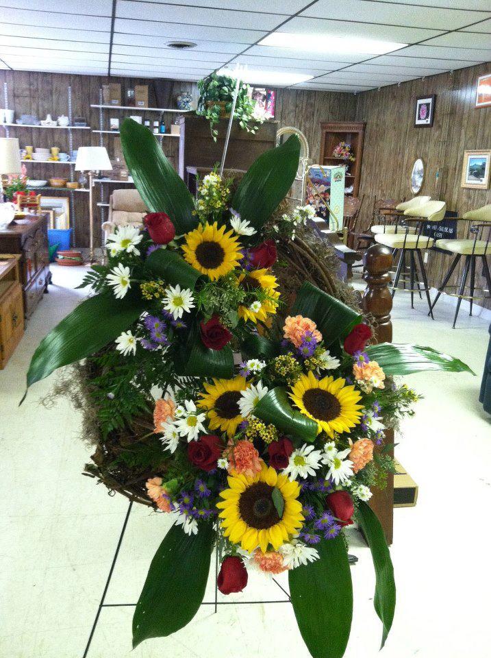 Funeral wreath by Swannanoa Flower Shop, Swannanoa VA