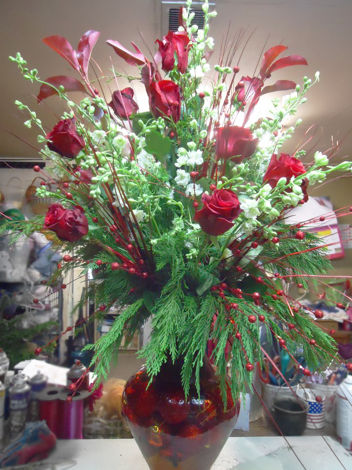Holiday Roses by Terrie's Flower Shop, Crestview FL