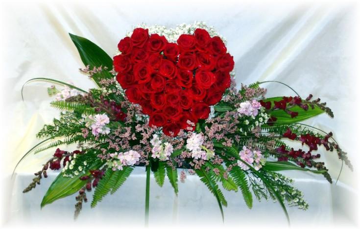 Heart-shaped sympathy tribute by Maryjane's Flowers & Gifts, Berlin NJ