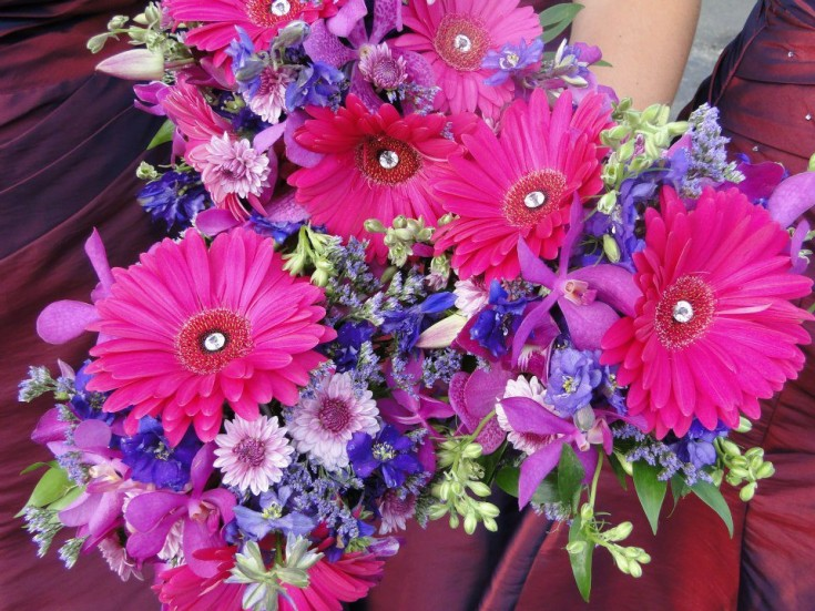 Bridesmaid bouquets by Country Daisy Florist, Farmington NH