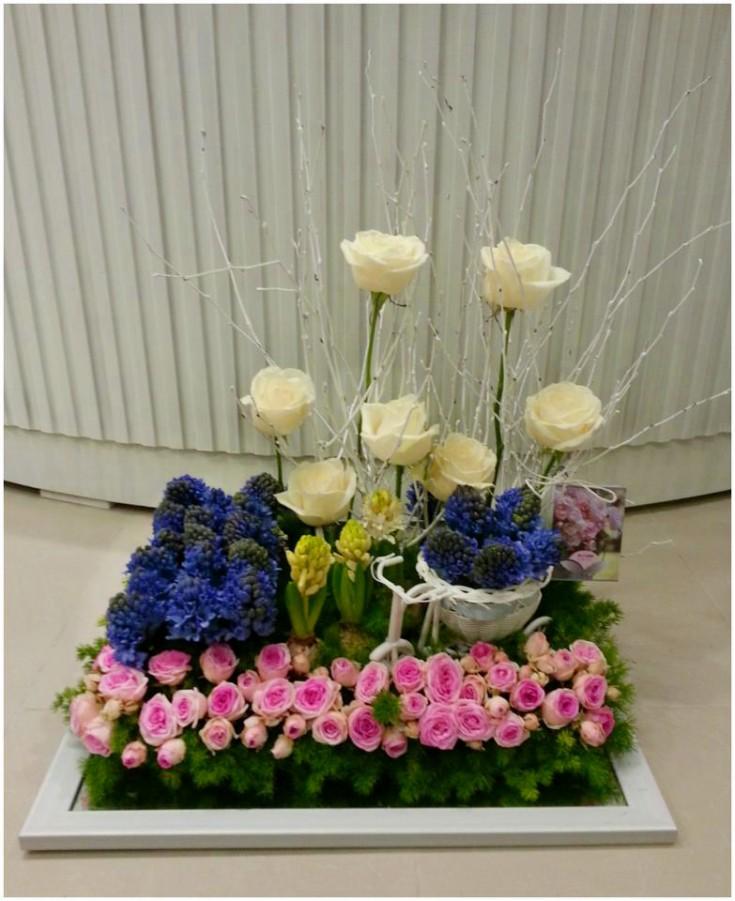 Spring scene in flowers by Flower Palette, Abu Dhabi