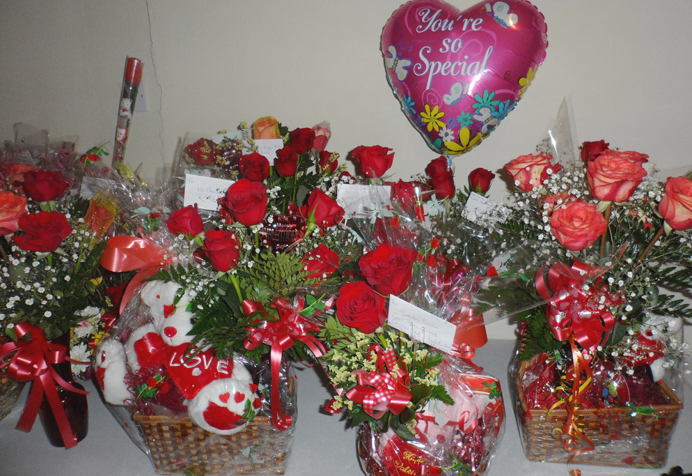 Florist Friday Recap 22 28 Love Is In The Air