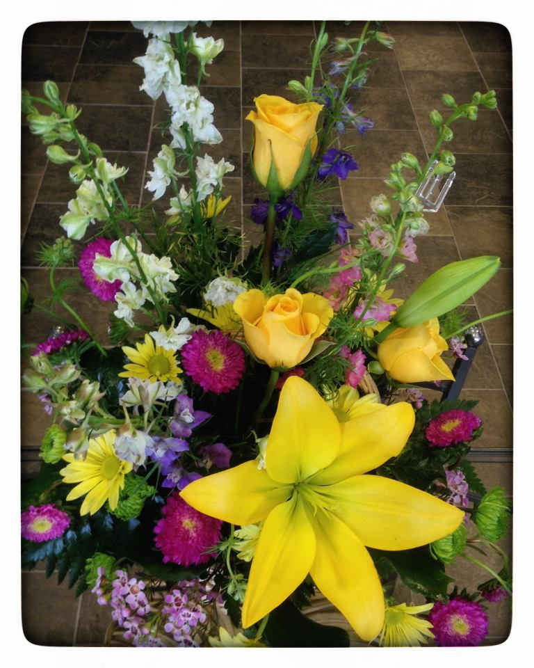 Spring design by Everett Floral & Gifts, Everett WA