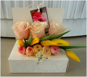 Flowers for a gift box by Flower Palette, Abu Dhabi