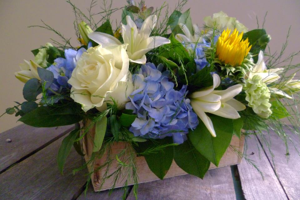 Rustic country florals by Paisley Floral Design, Manchester NH