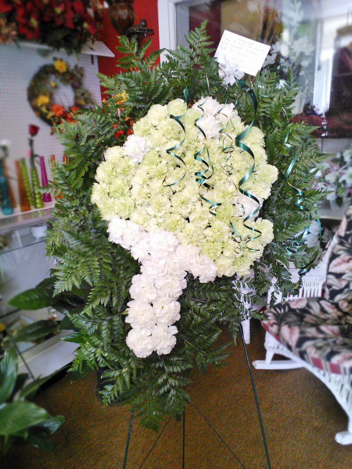 All-green standing spray by Wilma's Flowers, Jasper AL