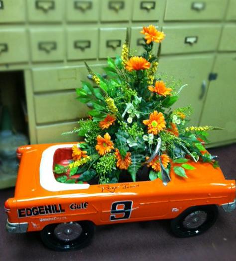 Racecar sympathy tribute by Roddy's Flowers, Johnson City TN