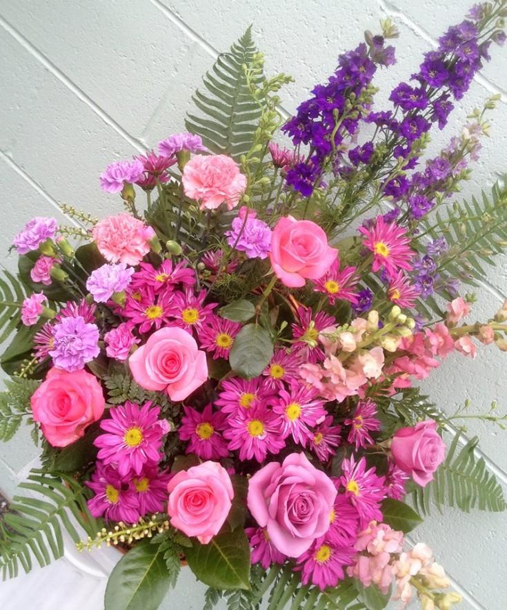 Sympathy flowers by Everett Flowers, Everett WA