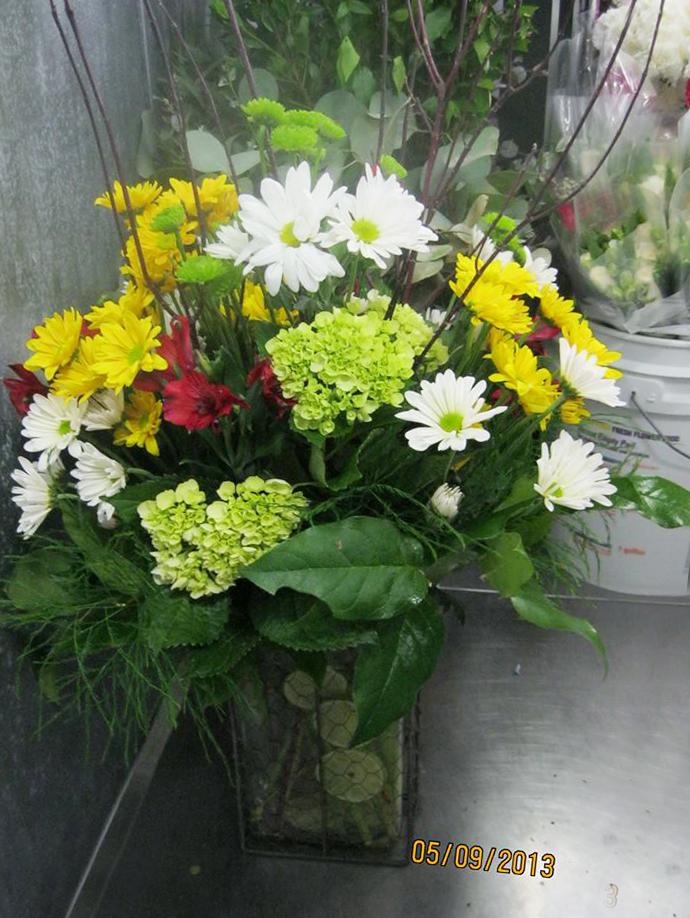 Graduation flowers by Honeysuckle Lane, Aurora NE