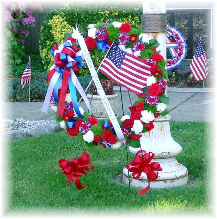 Patriotic wreath by MaryJane's Flowers & Gifts, Berlin NJ