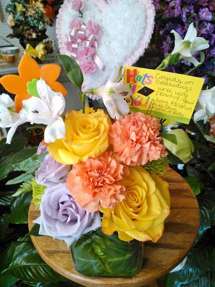 Congratulations flowers by Wilma's Flowers, Jasper AL