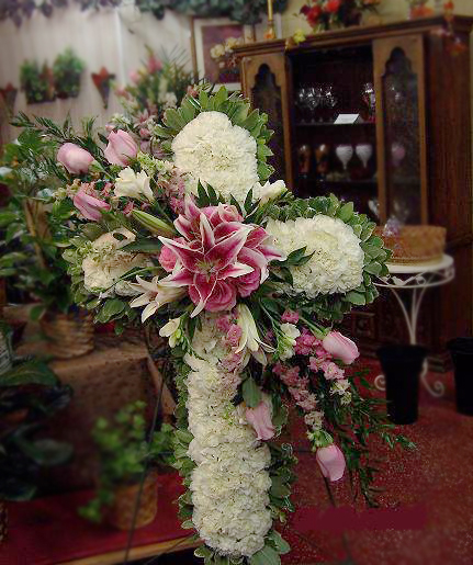 Cross spray by Yellow Rose Florist, Olive Branch MS