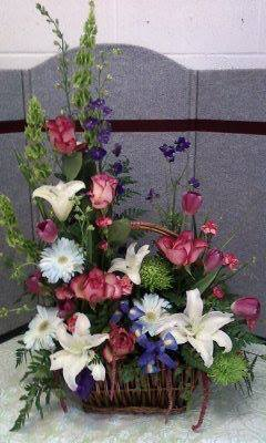 Basket of flowers by Cottage Flowers, Pasadena TX
