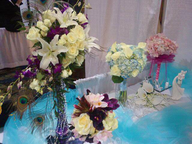 Wedding show flowers by Enchanted Florist, Cape Coral FL