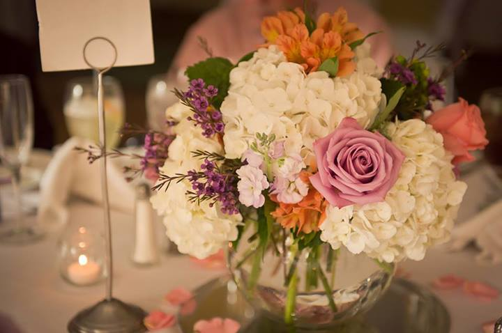 Wedding flowers by Cottage Florist, Riverview FL