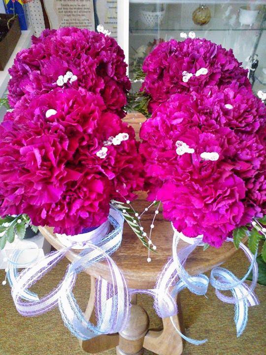 Bridesmaids bouquets by Wilma's Flowers, Jasper AL