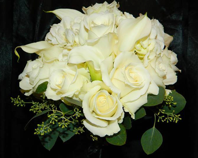 Eskimo Rose Bouquet by Mystical Gardens in Brunswick GA.