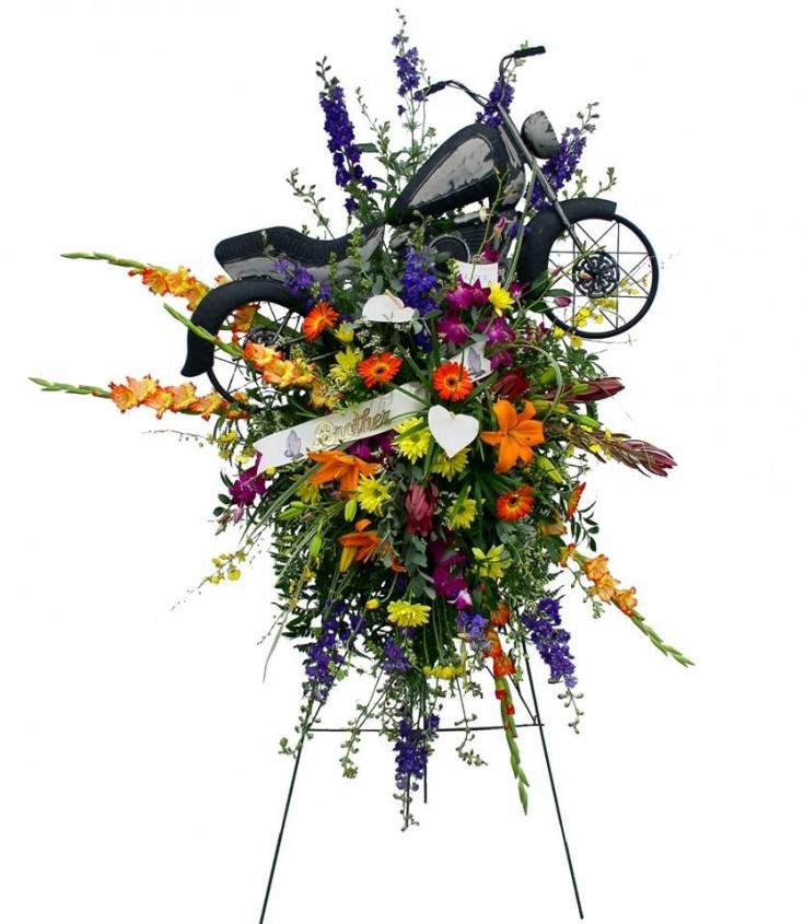 Funeral Arrangement by Roxanne's Flowers in Akron, PA
