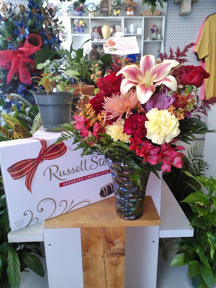 Anniversary flowers from Wilma's Flowers in Jasper, AL