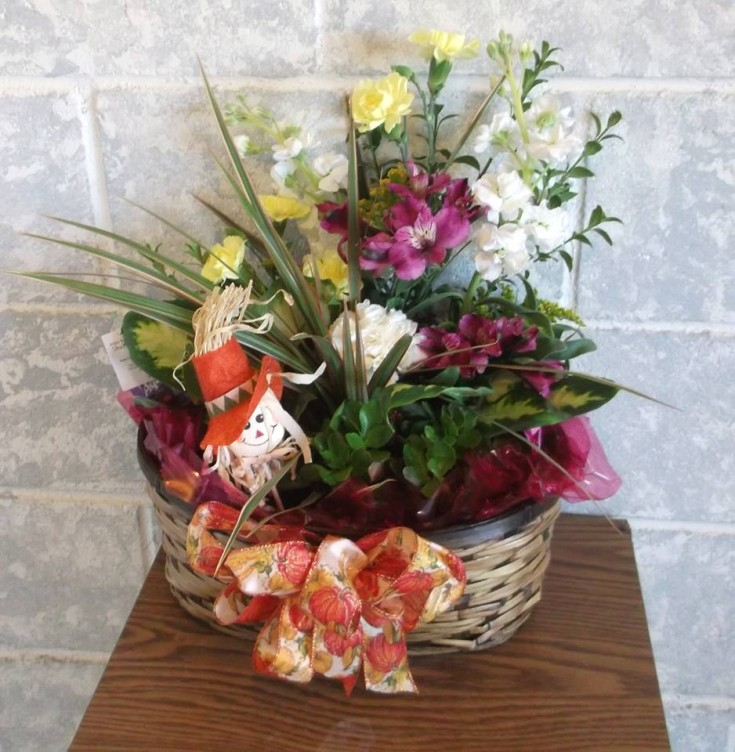 A combination arrangement from A-1 Flowers & More in Cottonwood, ID