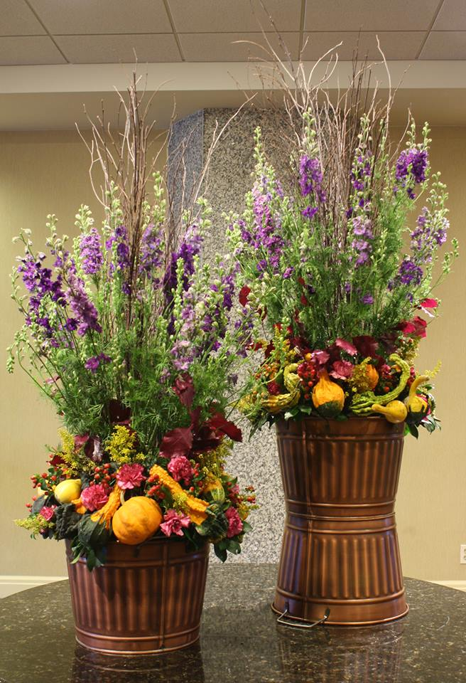 Amazingly creative autumn arrangement by Tom Kenison AIFD of Crossroads Florist in Mahwah, NJ