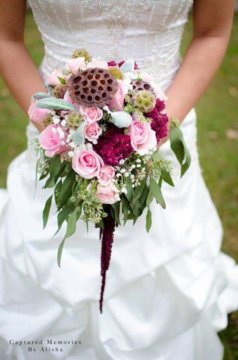 Beautiful bouquet designed by Tammi Cribbs of Oran's Flower Shop in Kingston, TN