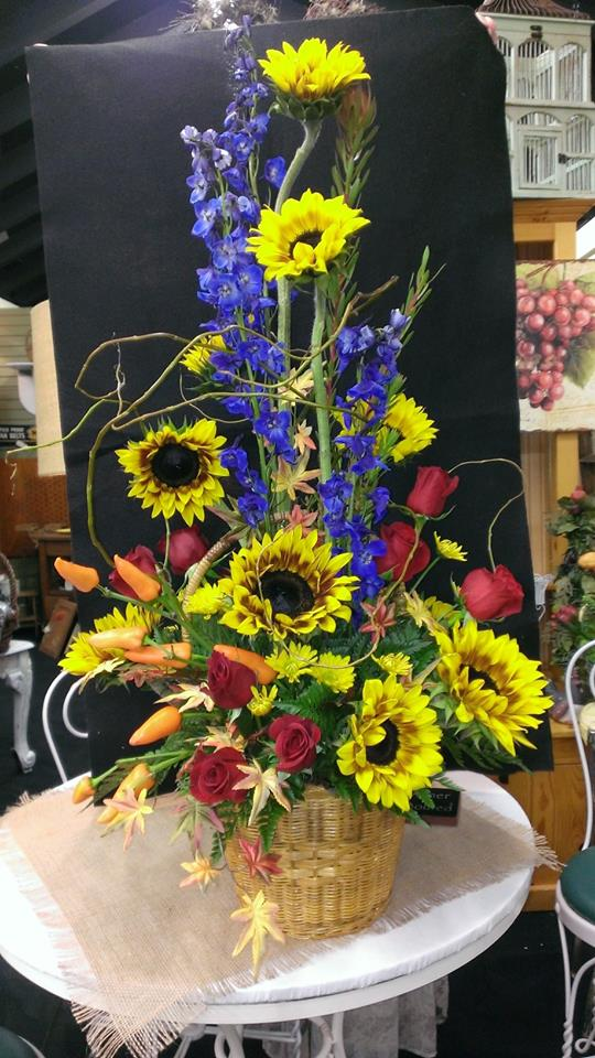 Beautiful thank you flowers from Banda's Bouquets in Longview, WA
