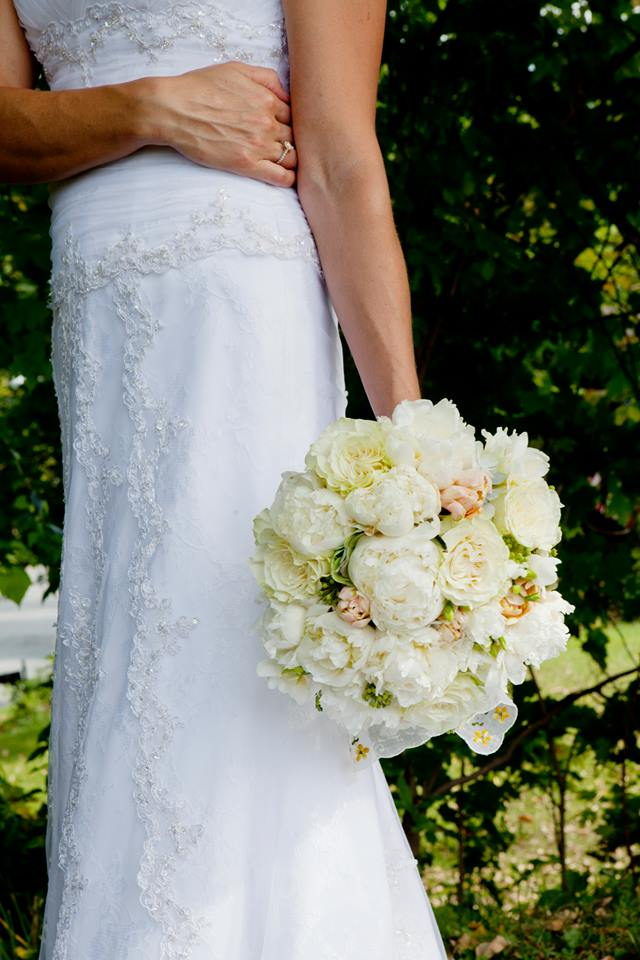 Elegant wedding bouquet from Floral Galler of Aiken LLC in Aiken, SC