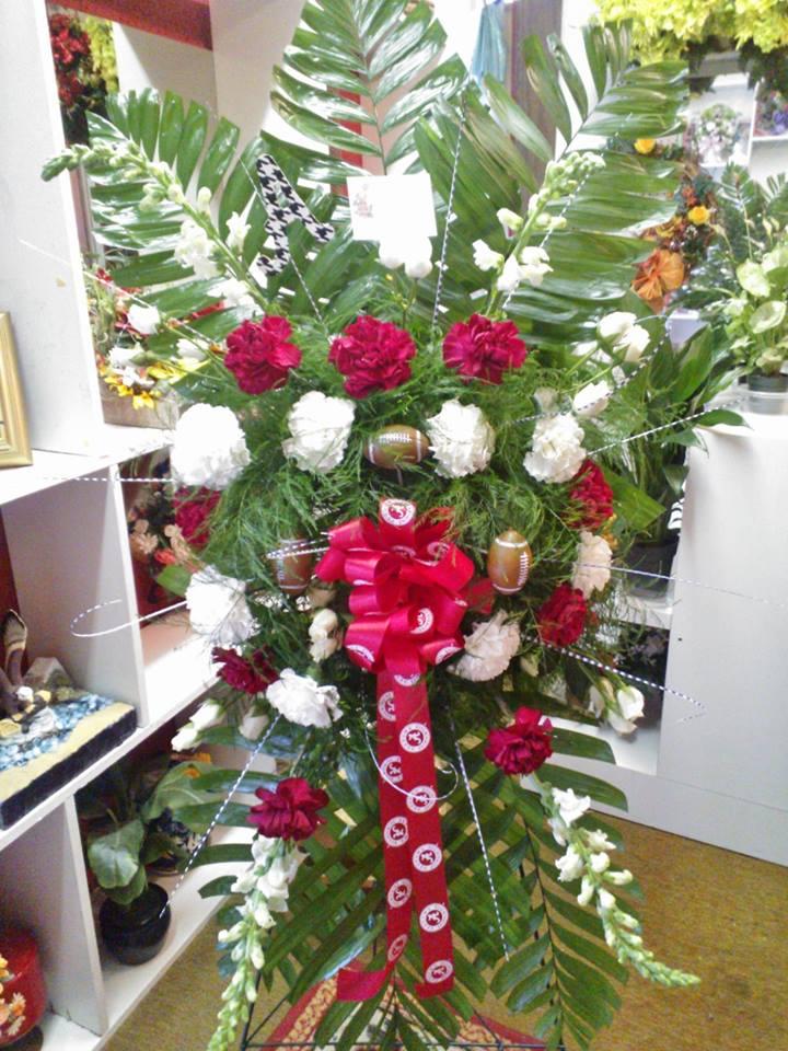 Amazing Alabama Crimson Tide theme by Wilma's Flowers in Jasper, AL