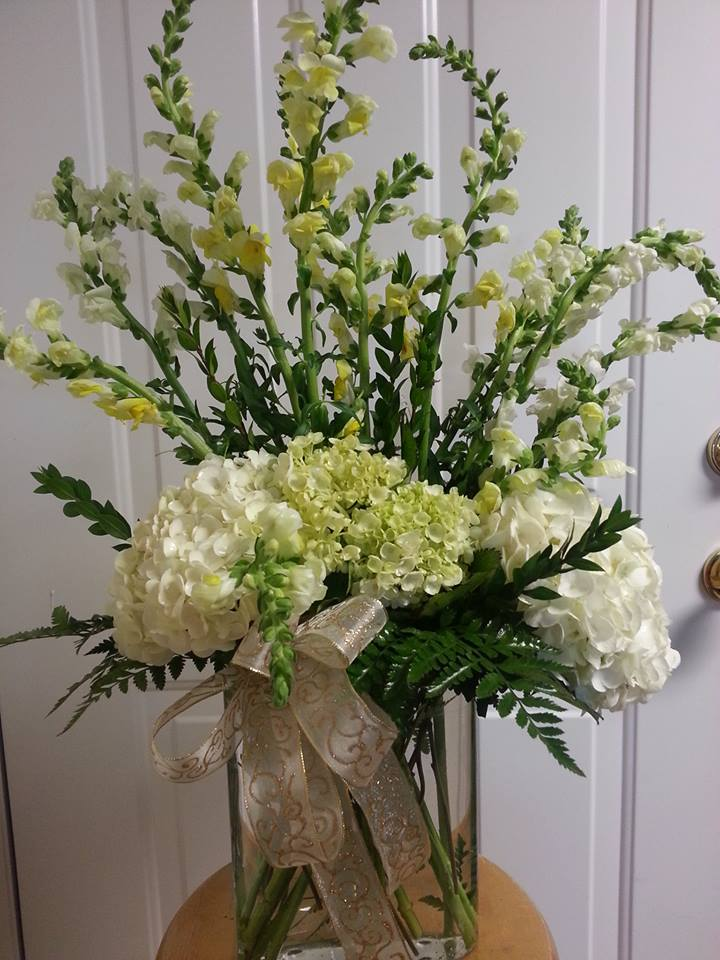 Amazing design by Rabbit's Nest Florist and Gifts in Madison, AL