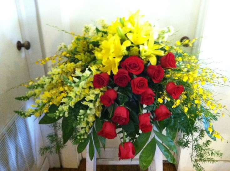 Casket spray from the Cottage Florist in Riverview, FL