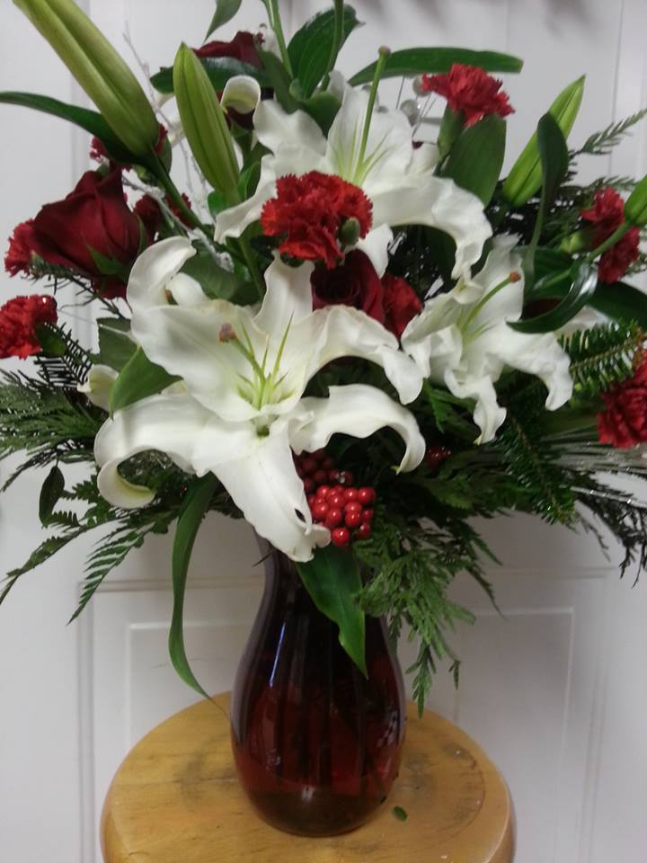 Excellent design from Rabbit's Nest Florist and Gifts in Madison, AL