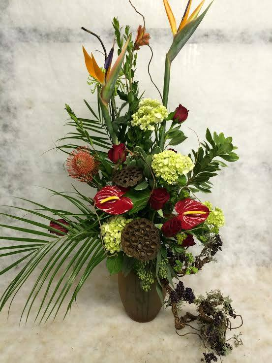 More tropical goodness from Hobby Hill Florist in Sebring, FL